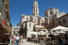 Iglesia_plaza_iglesia_figueres