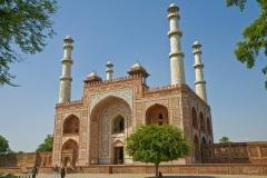 Sikandra-Akbars-Tomb